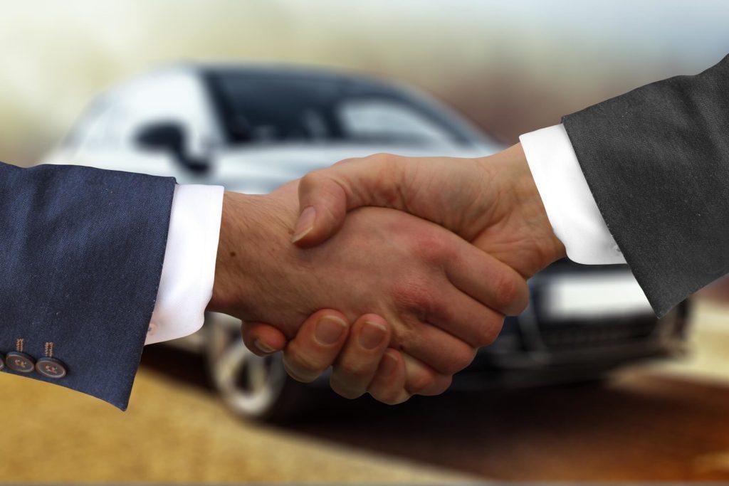 Как правильно составить договор купили-продажи автомобиля