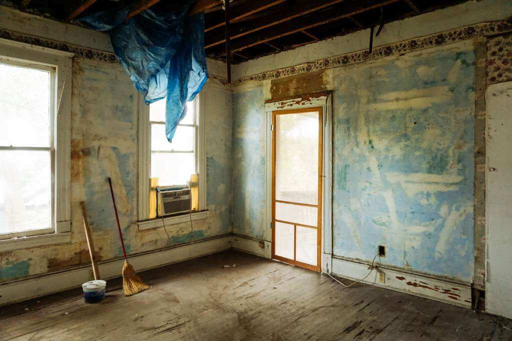 На фото ремонтные работы в помещении.